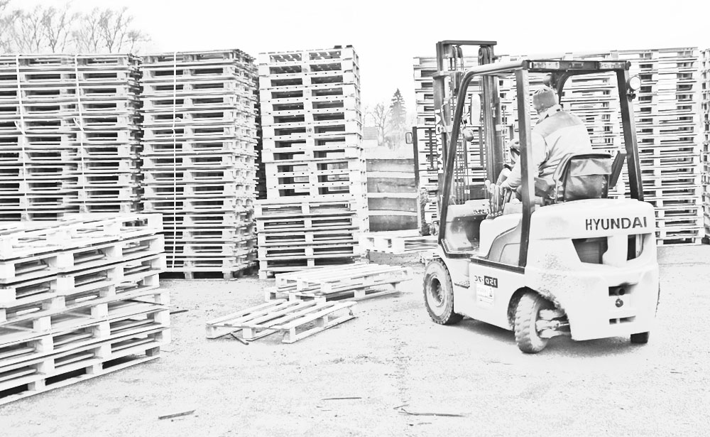 Production of wooden pallets